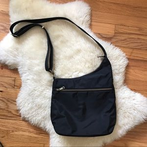 black travelon crossbody nylon bag with rfid